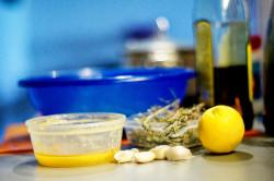 Чеснок и лимон для быстрого избавления от родинок