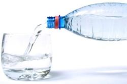 Обильное питье при запоре
