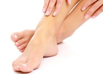 Как можно снять отек ног в домашних условиях?