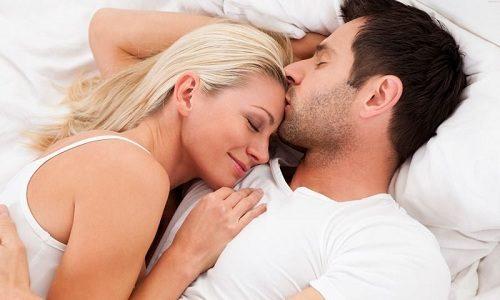 Цистит возникает в результате попадания бактерий из женской мочеполовой системы в мужскую во время полового акта